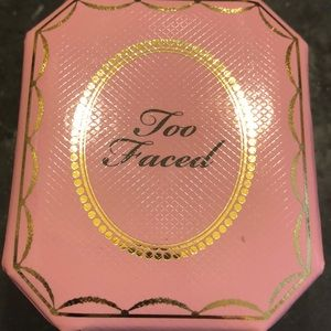 Too Faced Highlighter in Fancy Pink Diamond